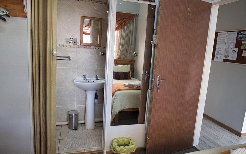 bathroom room in duinerus accommodation
